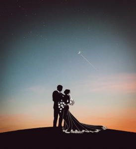 Love Silhouette Couple Kiss - AlemCoksa / Pixabay